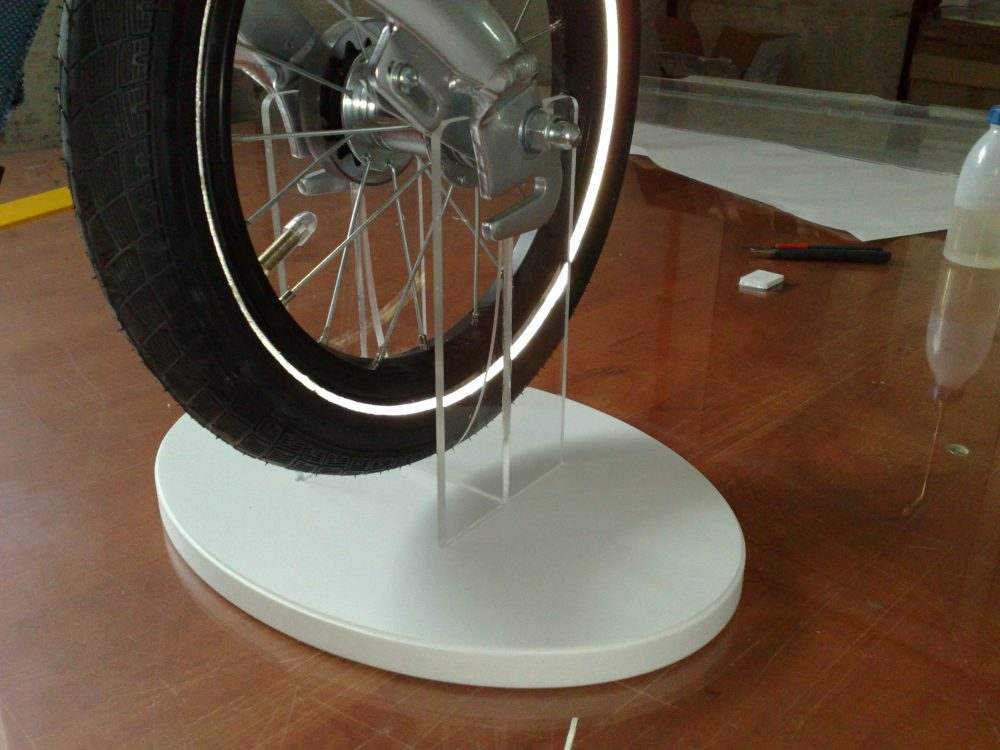 detaliu_suport_bicicleta